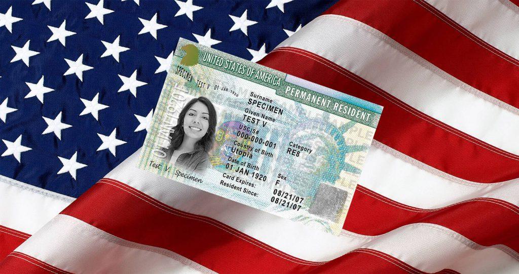 США закрыло грин карты на время коронавируса